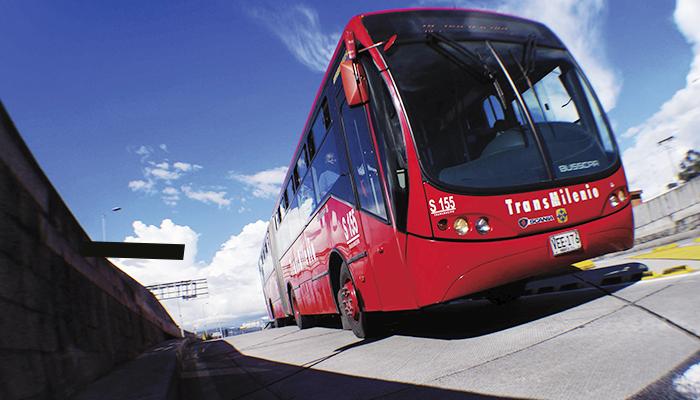 Servicio Troncal de TransMilenio en la vía
