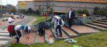 Bogotá limpia por los Funcionarios de TransMilenio