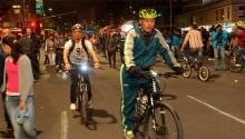Ciclovía nocturna en Bogotá en el marco de festival de verano