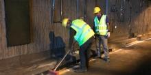 ASEO-hombres-limpiando