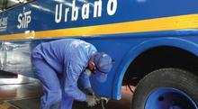 Mecánico de buses de TransMilenio