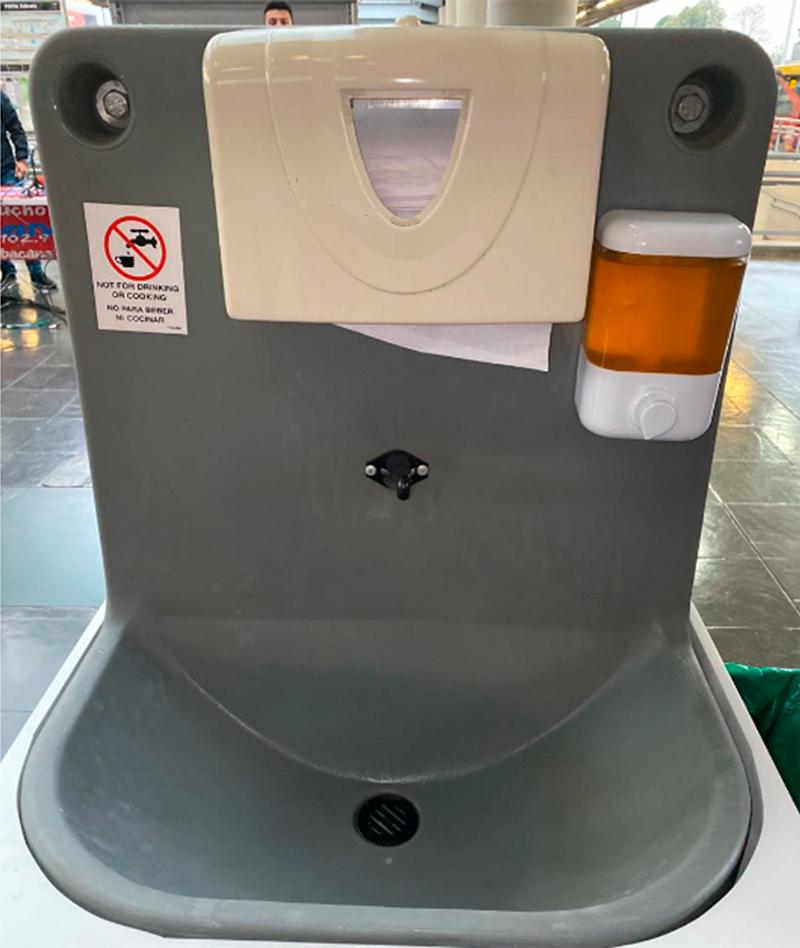 Lavamanos en estaciones de TransMilenio