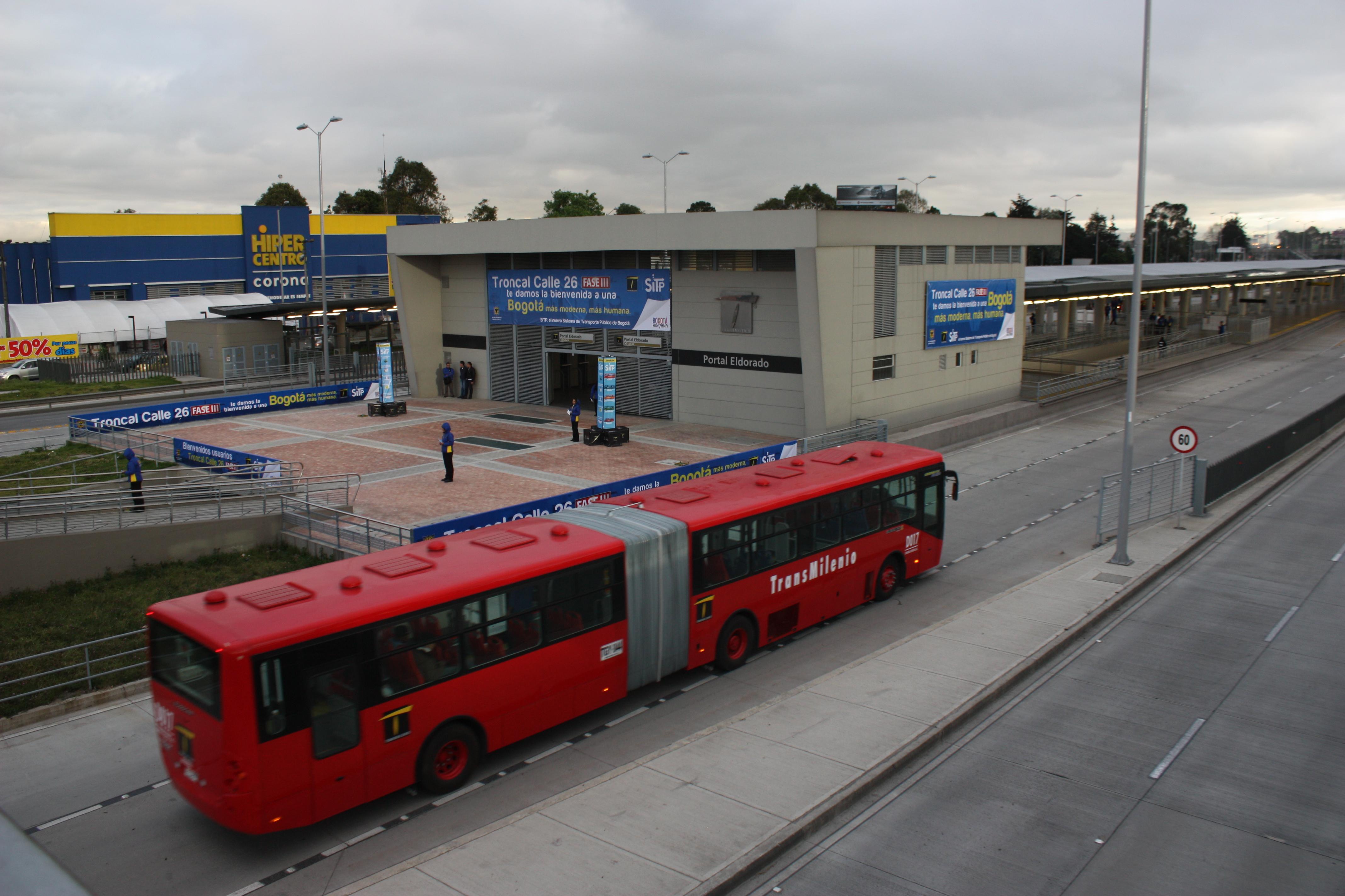 Cierre En La Estacion Calle 26
