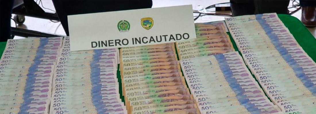 Dinero incautado por la policía de TransMilenio